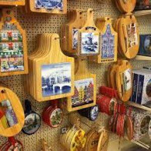 Интернет магазин сувенирной продукции подарит вам приятные воспоминания от различных сувениров